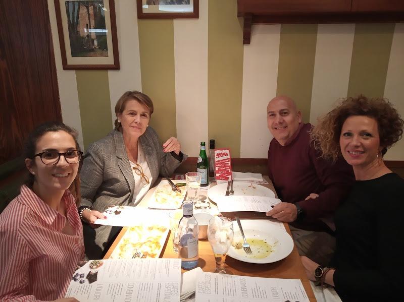 Beatriz Pérez y José Luis Montes con Isabel Guirau y Toñi Muñoz