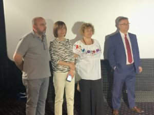 Luis Mas, gerente de Fundación AVIVA, junto a Marta Badía y Juana Pérez Briz, vocales del patronato de AVIVA, y el presidente de la Fundación AVIVA, Miguel Ángel Benito Sánchez.
